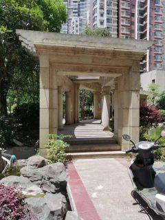 (掇刀区)葡萄园城市花园3室2厅1卫37万107m²
