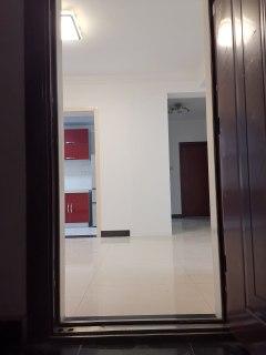 精装商品房3房2厅2卫2露台1阳台1阁楼(200平方)急售